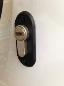 Deadlock fitted to a Citroen Dispatch