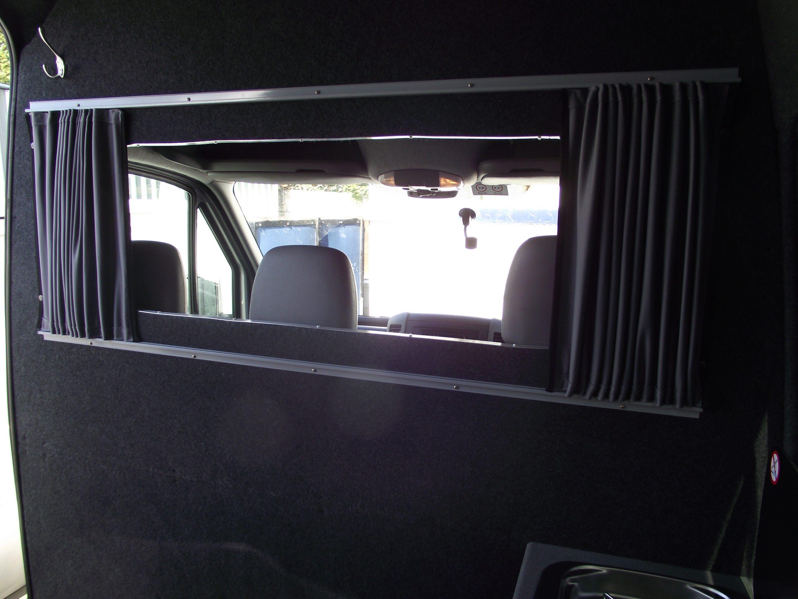 VW crafter bulkhead window