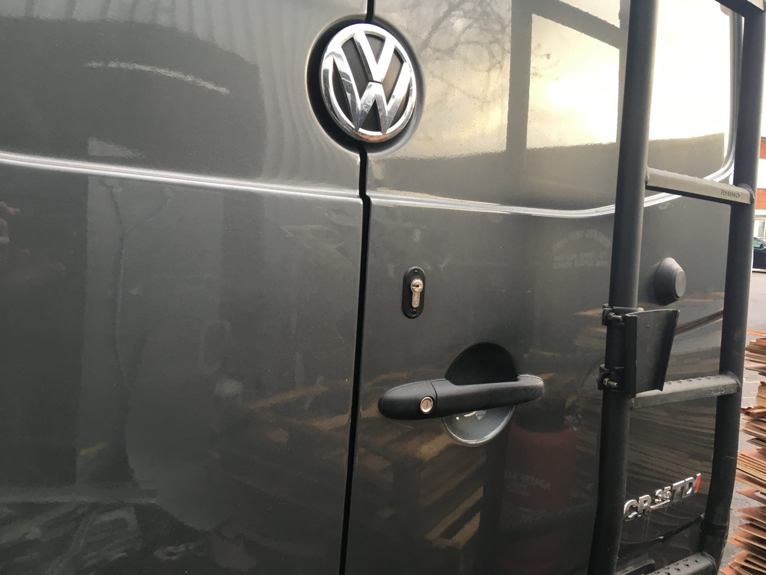 VW crafter deadlock and rear ladder